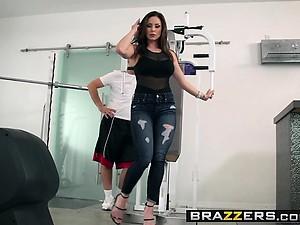 Brazzers - Brazzers Exxtra -  Personal Traine